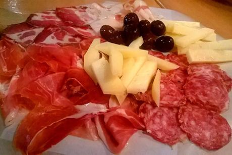 Piatto di salumi e formaggi - Specialità della casa